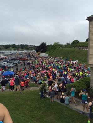 Newport 10-Miler starting line